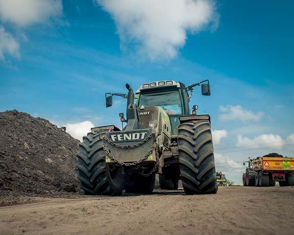 Tractoren en toebehoren