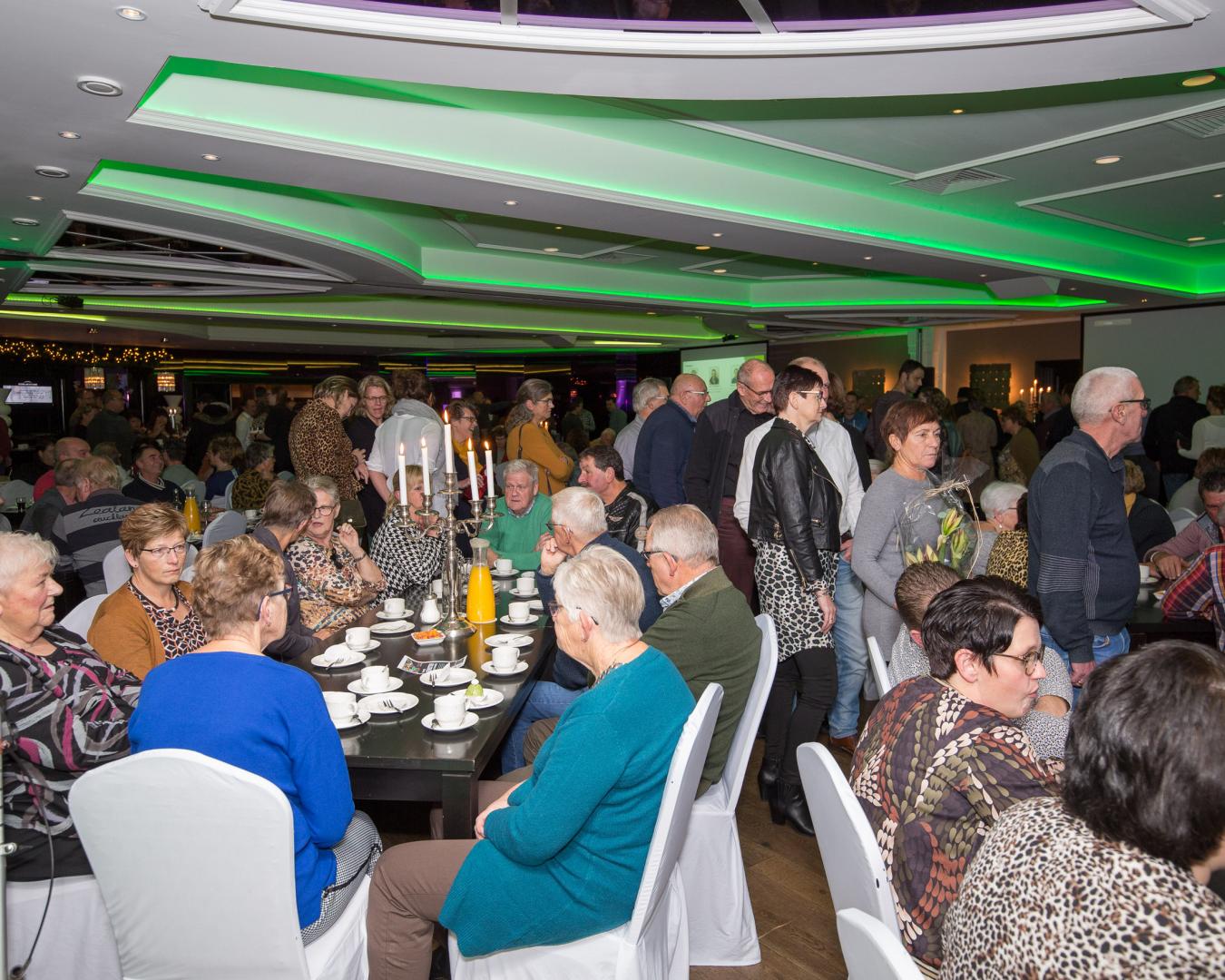 Feest voor gepensioneerde en jubilerende medewerkers Van Werven
