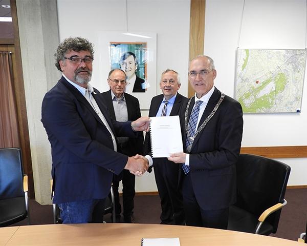 Ondertekening anterieure overeenkomst windmolenpark Hattemerbroek