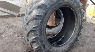 Pirelli trekkerband 650/65/42