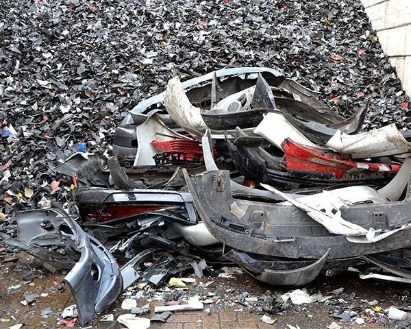 Van afvalberg naar hoogwaardige autodashboards
