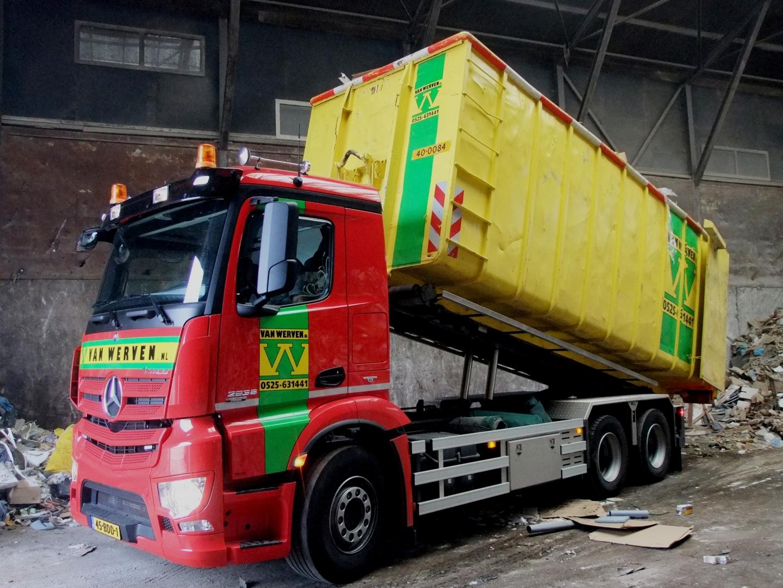 Van Werven blij en trots met nieuwe, duurzame vrachtwagen
