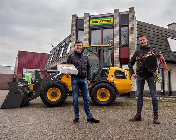 Van Werven breidt machinepark uit met elektrische Volvo wiellader