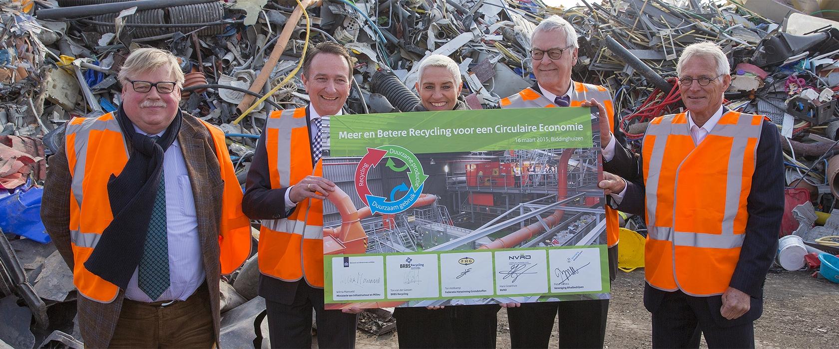 Van Werven gastheer bij ondertekening van convenant Meer en Betere Recycling