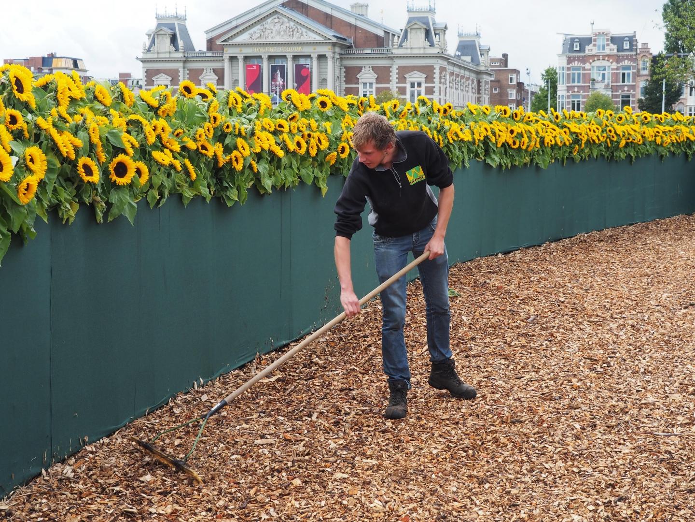 Van Werven levert houtchips voor opening entree Van Gogh Museum