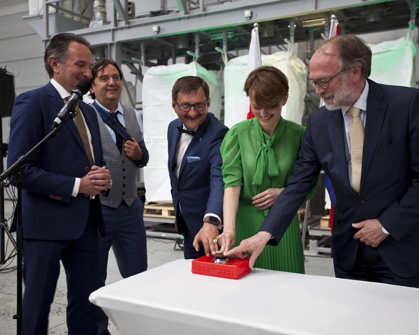 Van Werven opent plastic recycling locatie in Polen